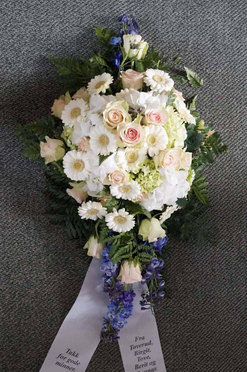 Dekorasjon blomster 33
