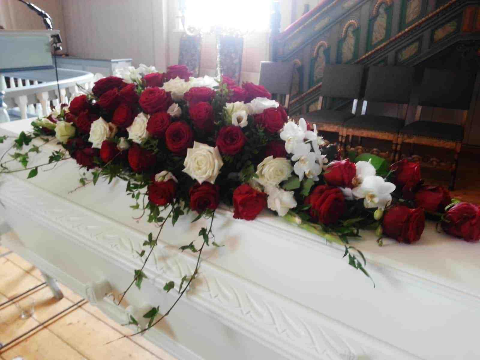 Kistedekorasjon blomster 18
