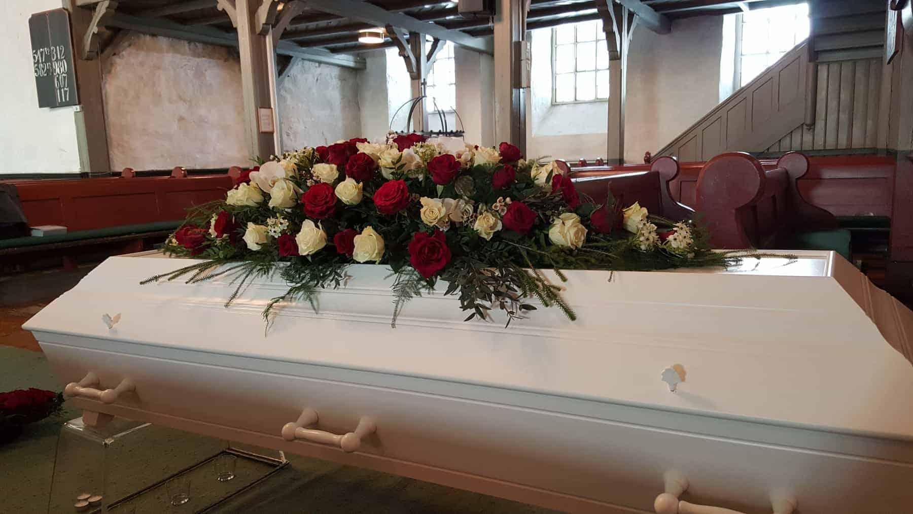 Kistedekorasjon blomster 33