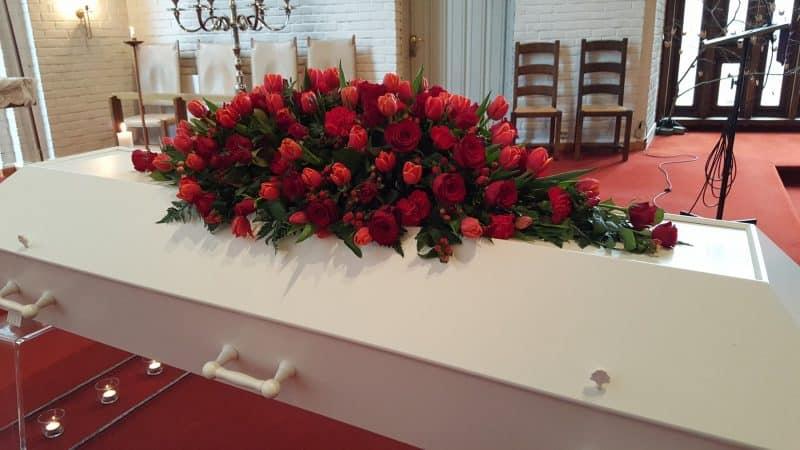 Kistedekorasjon blomster 38