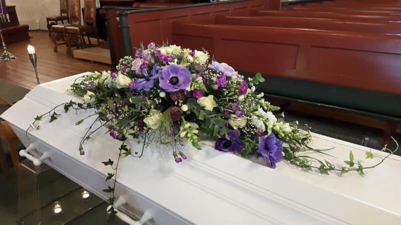 Kistedekorasjon blomster 42