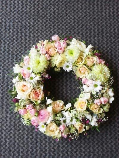 Krans blomster 10